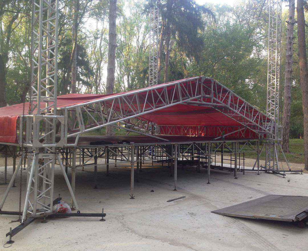 Outdoor Silver Event Truss with A Roof without Lift 8x6x6m